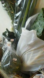 野菜と焼き菓子届きました